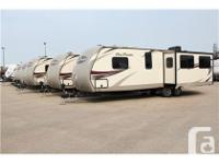 This Fun Finder travel trailer by Cruiser RV features a