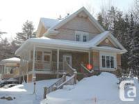 Maison 2 étages à vendre Orford, 387 000$ négociable.