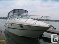 """The 2700 SE offers a 28'1"""" overall length and full 9'5"""""""