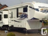 2011 Keystone MONTANA 3615RE, This unit is loaded with
