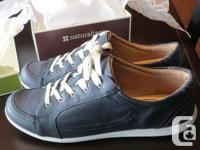 Jaden Black natural leather females's tennis shoe