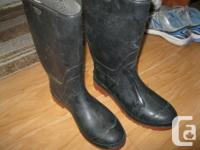 Males's Rubber Boots. Black with red soles. Size 9.