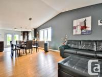 # Bath 2 Sq Ft 1059 # Bed 5 Semi-detached bungalow in
