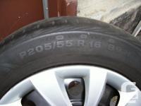 Set of 4 Hyundai Elantra (2013) rims with Hyundai wheel