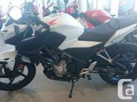 This naked style CB300FA with ANTI LOCK BRAKES is the