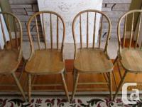 4 Antique Windsor Back Chairs 17 ½ » high (from floor