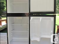 4 cu ft Magic Chef 2 Door Refrigerator in as new