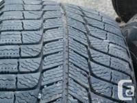 4 Pneus Michelin X-ice XI3 225/60/R16 à vendre. Achetés