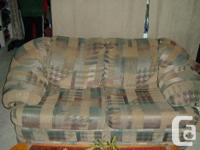 4 PIECE SOFA SET The sofa has a hide-a-bed that folds