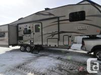 2014 Forest River Rockwood Signature Ultra Lite 8281WS