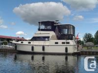 Immaculate Boat:This is a 1 of a kind Carver that will