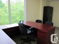 Nous avons un bureau d'environ 155 pieds carrés à louer