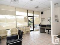 Hair salon in a great location on blvd. Samson corner