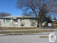 Etobicoke Great Family Home! Spacious and bright 3Br