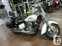 Beautiful white classic Smooth air cooled 1-63 VTwin, 5