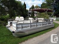 1999 SuperFisherman twenty feet pontoon boat. All new