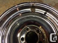 "Five ,15""x 6"" uni lug chrome rims overall good"