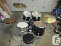 Black CB/Westbury drums with hardware pack. toms sound