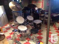 5 piece drum kit all matching except the snare which is