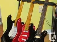 Neuf dans la boite appuie a 5 guitares, leger portatif,