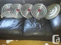 Offering these 5 rims. All in good condition. I have no