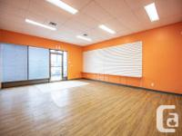 Sq Ft 1050 - Great visibility - High traffic count -