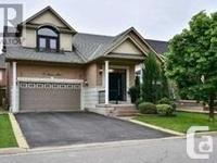 Overview Gorgeous Well Maintained Bungaloft Of Approx