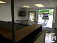 Sq Ft 1300 FOR LEASE - Approximately 1300 square feet