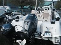 2006 Campion Explorer 582 Stainless T-top Raw water
