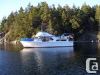 Priced to sell! The Canoe Cove 41' Tri-Cabin is known
