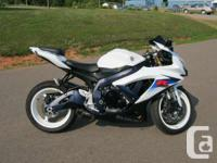 Nice GSX-R with M4 exhaust, HID headlamp, & Shorty
