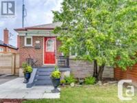 Overview Charming 3+2 Bdrm Bungalow In Sought After