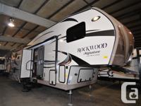 2015 Forest River Rockwood Signature Ultra Lite 8288WSA