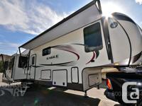 Quad SlideMid Coach Bunk RoomMachined Aluminum RimsRear