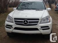 Make Mercedes-Benz Model GL350 Year 2010 Colour White
