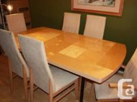7 pc Dining room set solid wood with lacquered finish.
