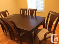 Lovely King Geroge solid wood 7 p.c dining room