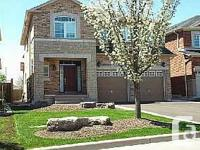High Demand Small Pocket In Meadowvale Village.