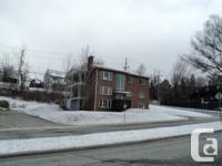 Immeuble de 3 logements Grand 51/2 (superficie 1250 p2)