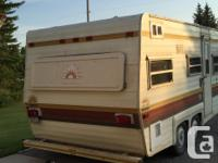 1978 17 Foot Edson camper. Duel axle with good tires .