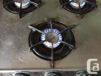 1980 Okanagan Camper Fridge 12v/120v/Gas Gas stove Gas