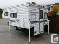 2001 8' Adventurer by Snooze Queen Truck Camper. Great