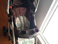 80% new Graco baby stroller for sale, very comfortable