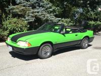 Make Ford Model Mustang Year 1983 Colour green kms