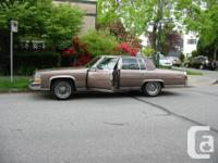 Make Cadillac Model Fleetwood Year 1984 Colour lilac