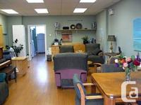 Excellent space for lease 900 sq ft. Oct 1st (can be