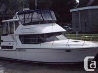 1 owner 1995 390 Carver cockpit motoryacht,