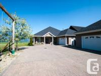 961 Harbourfront Drive NE, Salmon Arm, BC  Bedrooms: