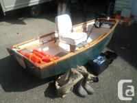 8ft fibreglass boat with comphy seat 30 lbs thrust