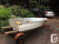 Frontiersman 8ft dinghy and trailer - 8ft fibreglass -